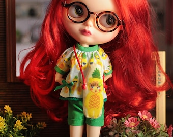 Pineapple Frutoso Blythe Outfit, shirt, shorts and mini bag