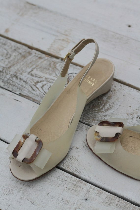 70a26cb46134 Stuart Weitzman Tortoise Bow Shoes