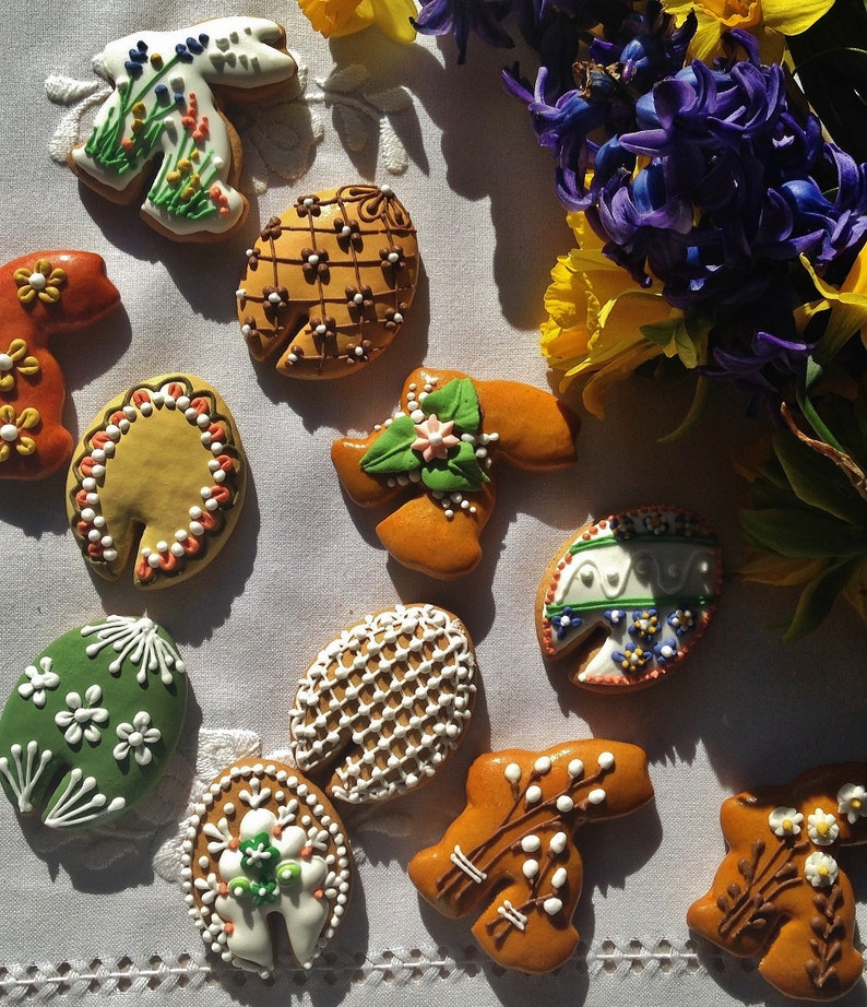 Decorated Easter Hungarian Gingerbread Cookies On Your Cup Or Mug 12 Pieces