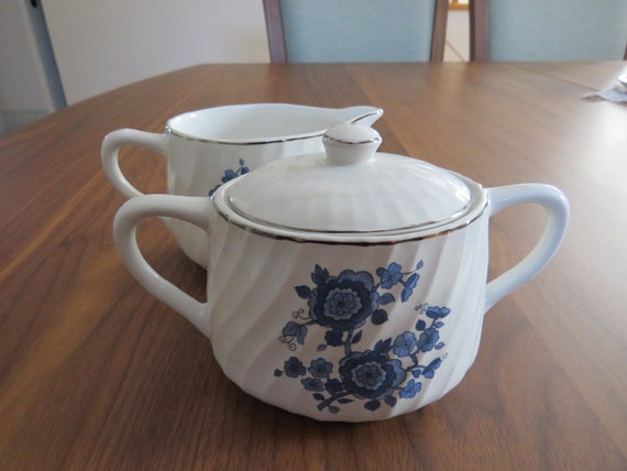 lovely oval and squat shape Royal  Blue Tunstall Ironstone Enoch Wedgwood lidded sugar and creamer set swirl ribbed silver trim
