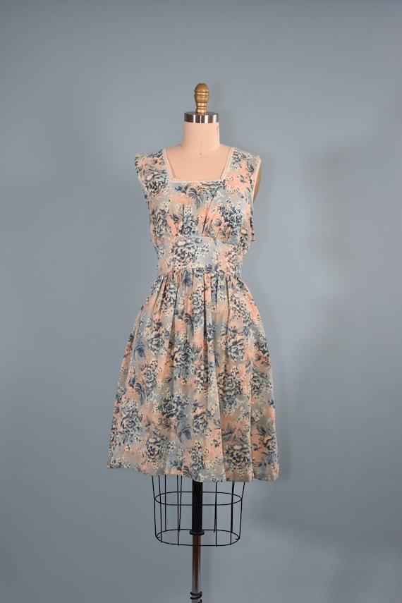 1960s Cotton Candy Apron Dress  // Small Medium