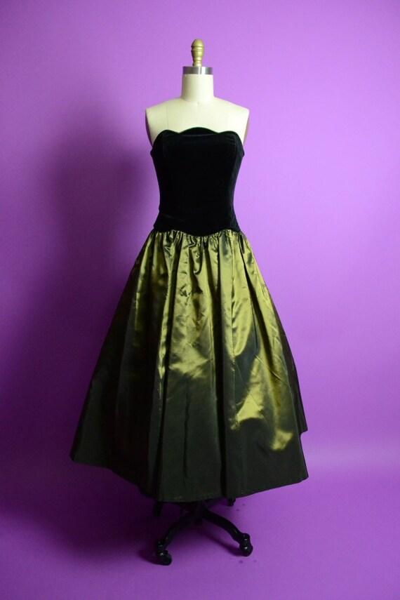 LAURA ASHLEY 1950s Style Princess Dress Velvet and