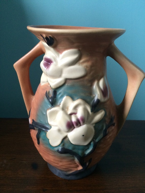 Roseville Pottery Magnolia Vase Marked 90 7 Double Etsy