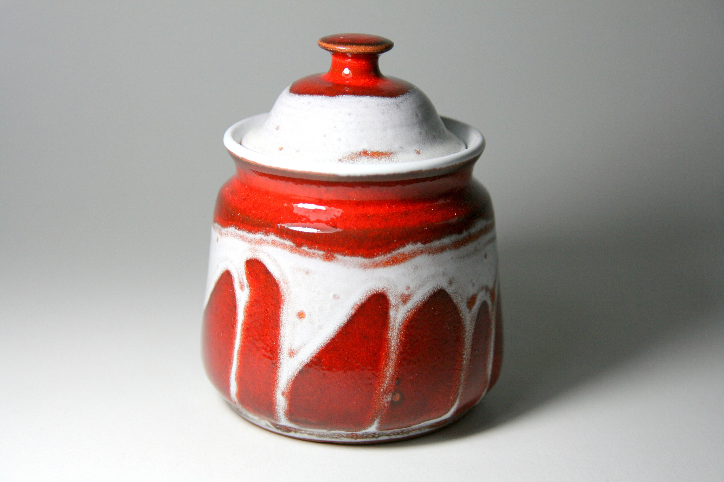 Handmade Ceramic Dish Pottery Gift Kitchen Canister Sugar Bowl with Lid