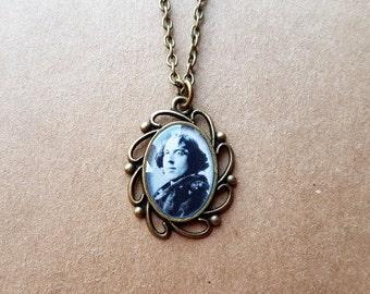 Oscar Wilde Cameo Pendant Necklace - Literature Pendant - Literature Necklace - Reading Jewelry - Book Jewelry - Dorian Gray-Limited Edition