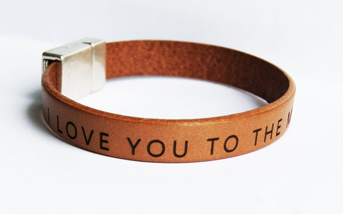 herren leder armband personalisierte custom herren armband etsy. Black Bedroom Furniture Sets. Home Design Ideas