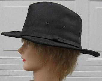 Herschel H1H Black Leather Hat Sized Medium