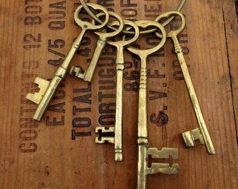 Cast Brass Skeleton Keys and Hanging Ring