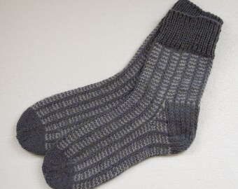 Hand knit wool socks    Wool Socks for Men  Multicolored socks Men Socks -Size EU 42-43 US 9-10