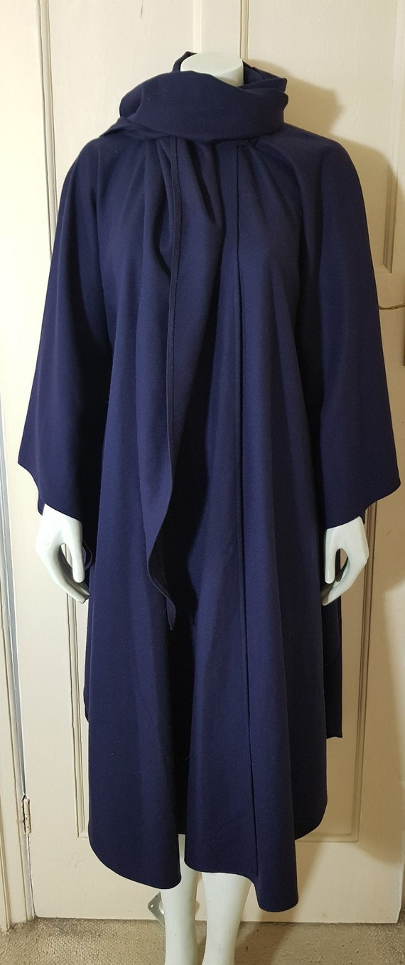 70s WAY-IN Harrods Dark Blue Navy Sweeping cape  W
