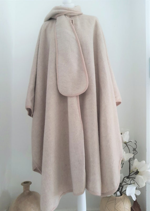 Vintage  Harrods Pure Wool  Cape Coat - One size