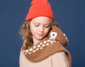 knitted doe scarf with dots for children