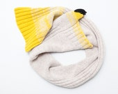 yellow finch scarf, small singing bird