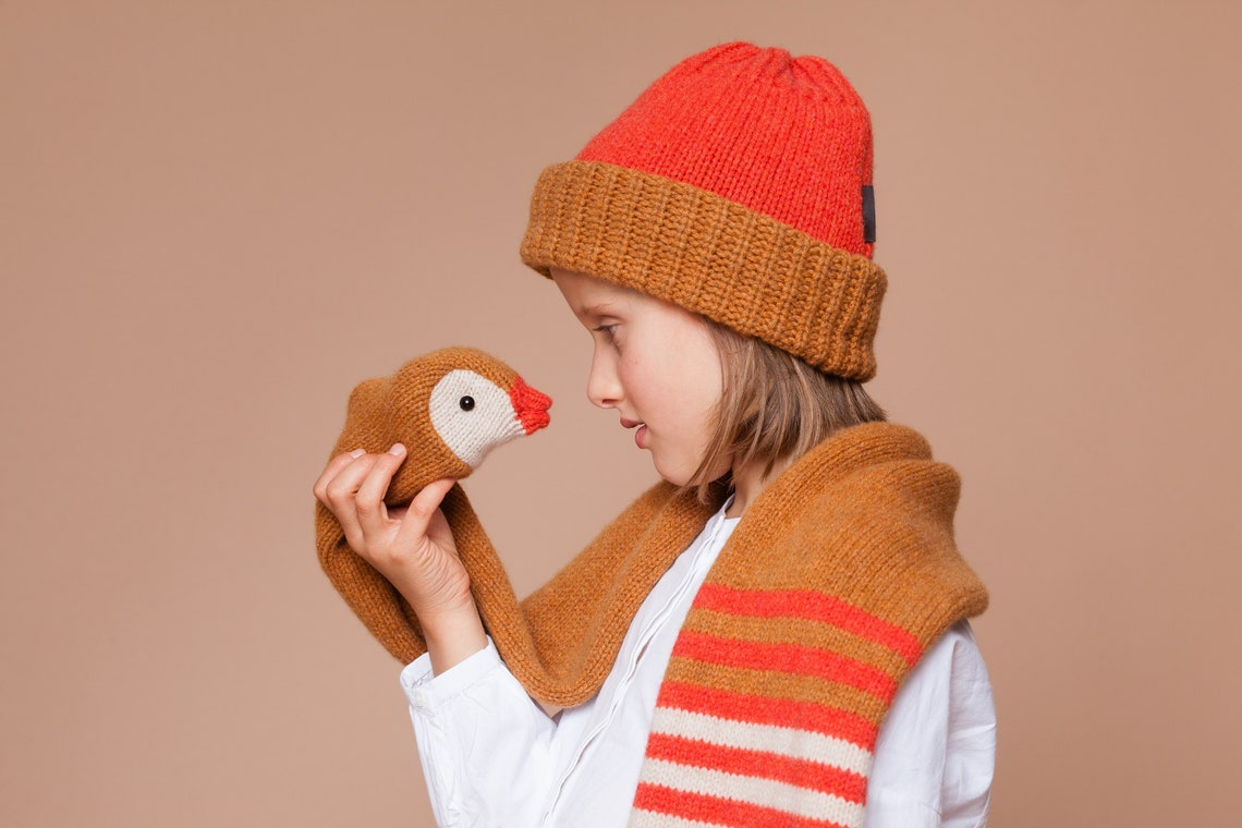 Handcrafted Christmas Gift Ideas for kids - knitted duck scarf