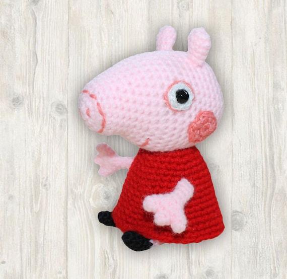 Willie the Pig pattern by Lan Lien | Crochet pig, Crochet ... | 554x570