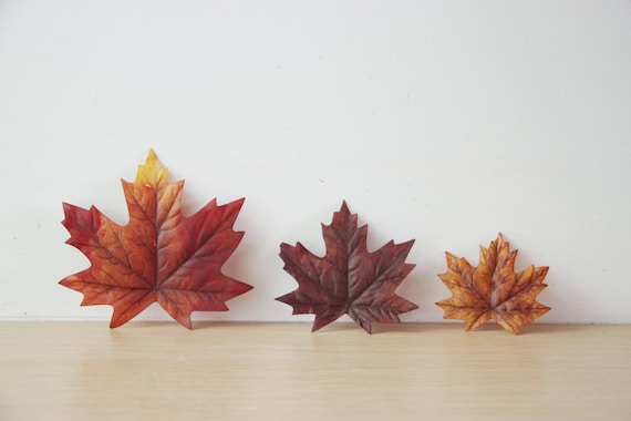 Maple brown leaves, autumn leaves supplies, leaves for wreaths and crafts, polyester, maple leaves, brown, cognac, amber, set of five leaves