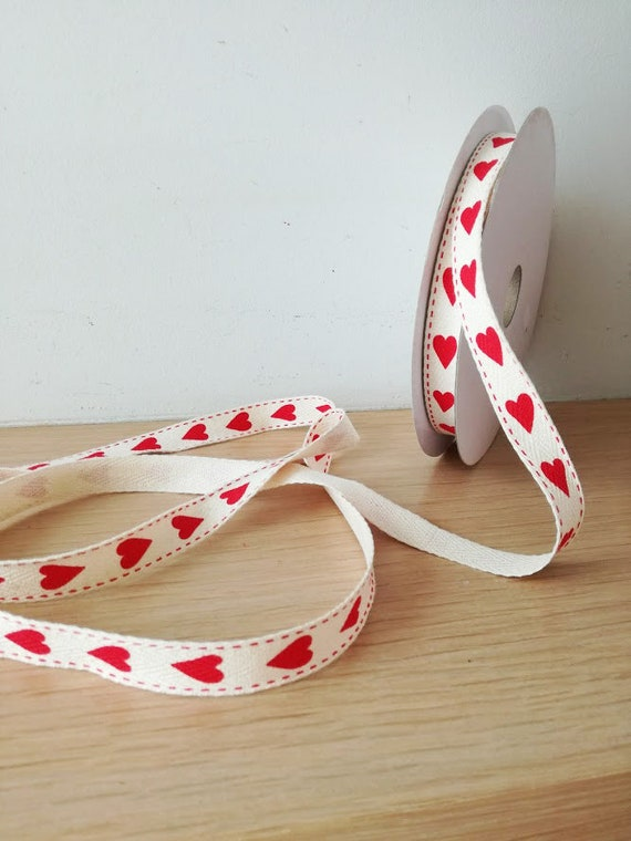 Red hearts ribbon, beige cotton ribbon with red hearts pattern and stiched edges, crafts and giftwrapping hearts ribbon, 8 yards-7.31 meters