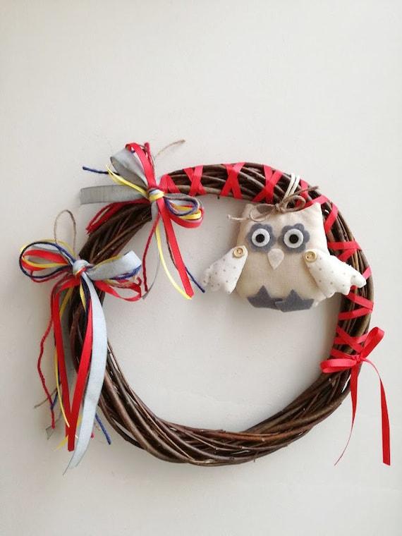 Plushie owl wreath, cute owl wreath of wicker, plushie owl and ribbons, boho owl wreath, front door owl wreath
