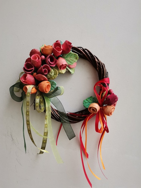 Clay roses wreath, colourful ceramic roses, boho wreath, hand built, handpainted wreath of red and orange roses on wicker