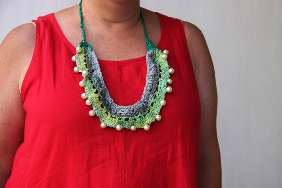 Green bib necklace, bib crochet necklace in minty green and white faux pearls, long green white boho necklace, crochet statement necklace