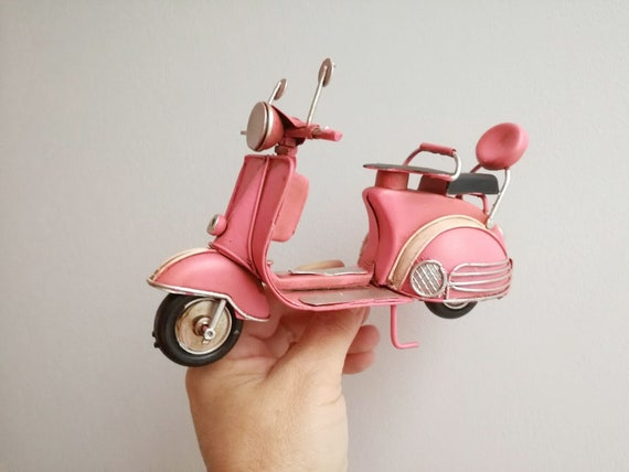 Pink scooter miniature, vintage, collectible, pink retro scooter, tin and rubber scooter miniature, Italian style scooter replica