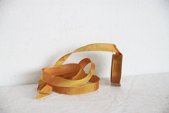 Mustard yellow satin ribbon, wired ends amber coloured ribbon, Xmas crafts and gift wrapping yellow trim, flexible ochre trim, 9.3 yards