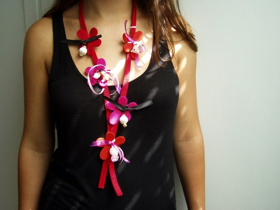 Red felt flowers necklace, red and pink felt flowers on red felt ribbon with fabric beads and beaded kitties and doggy, colorful red lariat