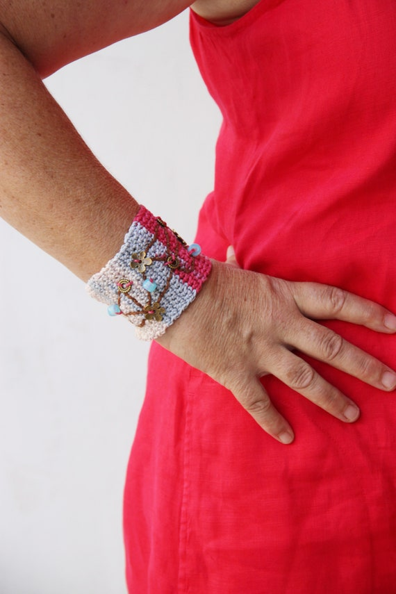 Embroidered crochet cuff, multicolor crochet cuff, crochet boho bracelet, gipsy, colourful cuff with brass flowers, pink blue grey cuff