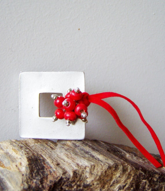 Silver square brooch with red beads bouquet and red alcantara ribbon, costume jewelry brooch, silver frame with red wooden beads and ribbon