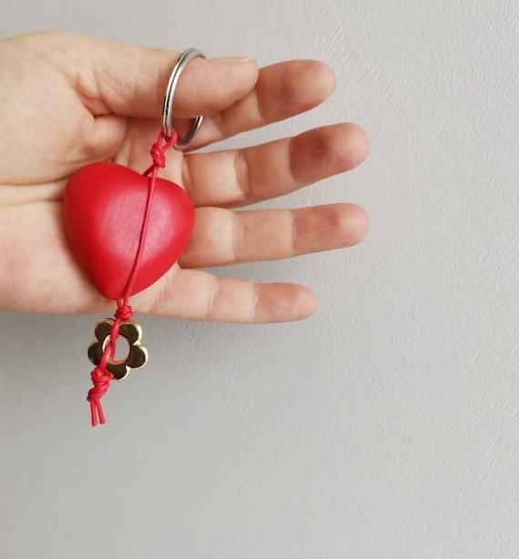 Red heart key ring, red wooden heart key holder, red heart gold flower key chain, boho heart key ring, Valentines heart key chain