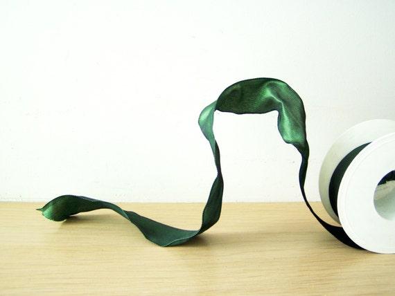 Bottle green ribbon, Christmas crafts wire ribbon in bottle green, polyester trim, satin ribbon in dark green, wide emerald ribbon, 5 yards