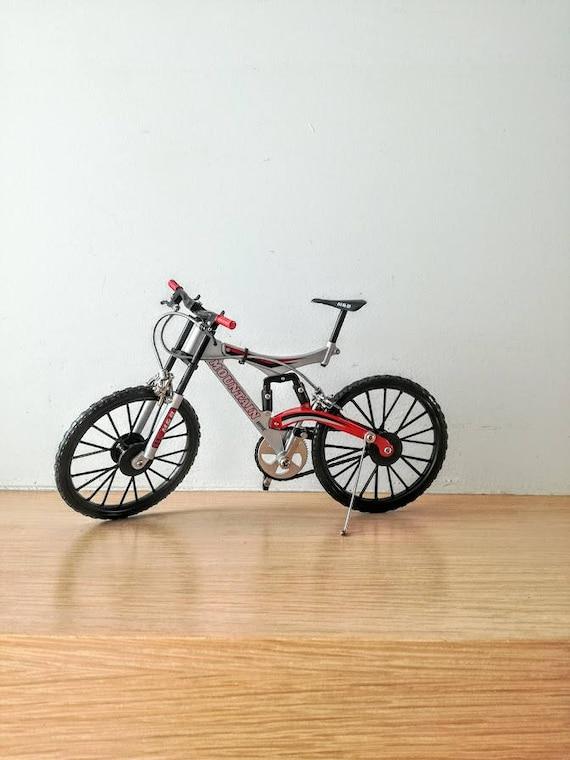 Rote und schwarze Mountainbike M & B Berg Fahrrad Miniatur | Etsy