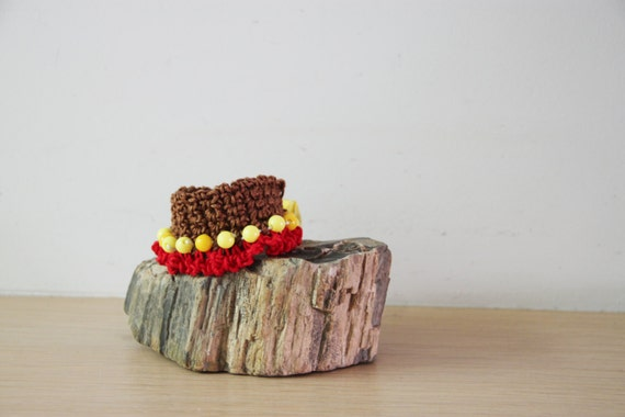 Brown red bracelet, crochet cuff in brown red with yellow beads, crochet boho bracelet, gipsy knit, colourful cuff, rustic bracelet