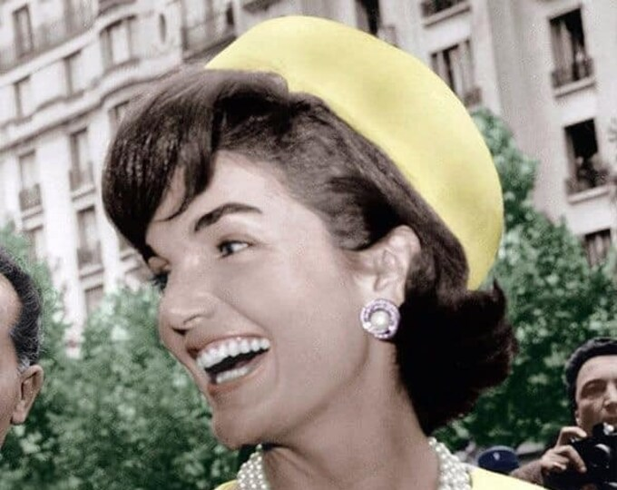 Jackie Kennedy Pearl Earrings - Silver with Crystals - S3057