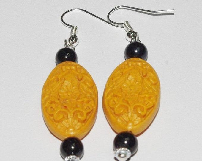 Cinnabar Pierced Earrings - Yellow and Black - S268