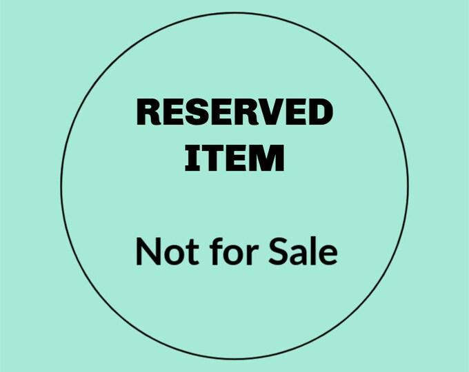 Sold - RESERVED FOR BARBARA - Jackie Kennedy Gold Circle Link Bracelet