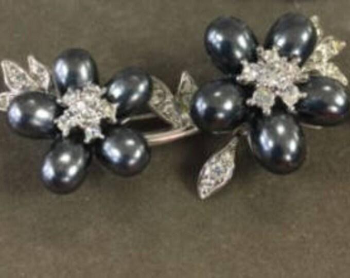 Nolan Miller Gray Pearl Flower Brooch - S2061