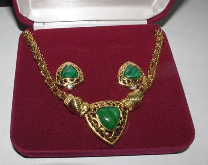 Jackie Kennedy Jewelry SET - Necklace and Earrings Gold Plated with Malachite and Certificate