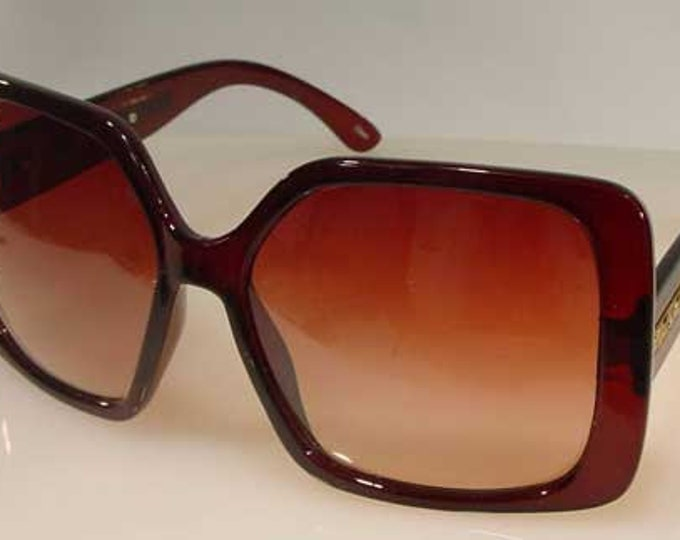 Jackie Kennedy Sunglasses with Hard Case - Brown Square