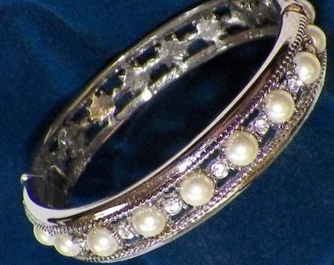 Jackie Kennedy Pearl Wedding Bracelet Sizes 6.75 or 7.5 with Certificate - TMS1