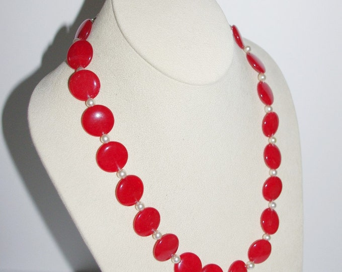 Red Jade .925 Gemstone Necklace with Pearls - S192