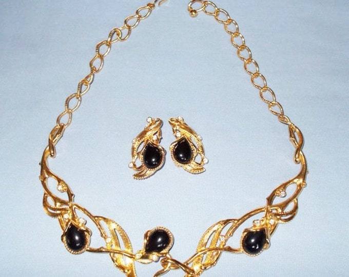 Jose Barrera Jewelry Set - Granada Necklace and Earrings - S1754