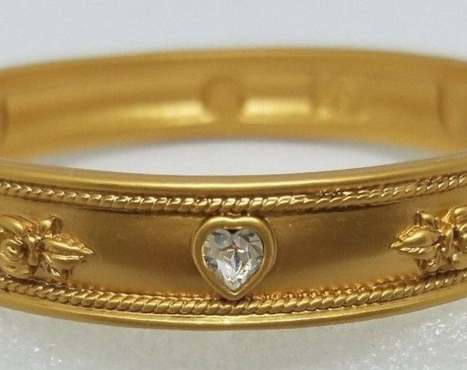 Elizabeth Taylor Bracelet - Love Blooms Gold Bangle - S1932