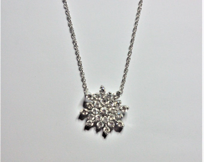 Silver Snowflake Necklace with Crystal Pendant - S3071 dhm