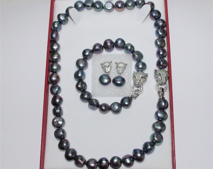 Genuine Freshwater Cultured Pearl Set - 3 Pieces in Black Baroque Pearls with Certificate