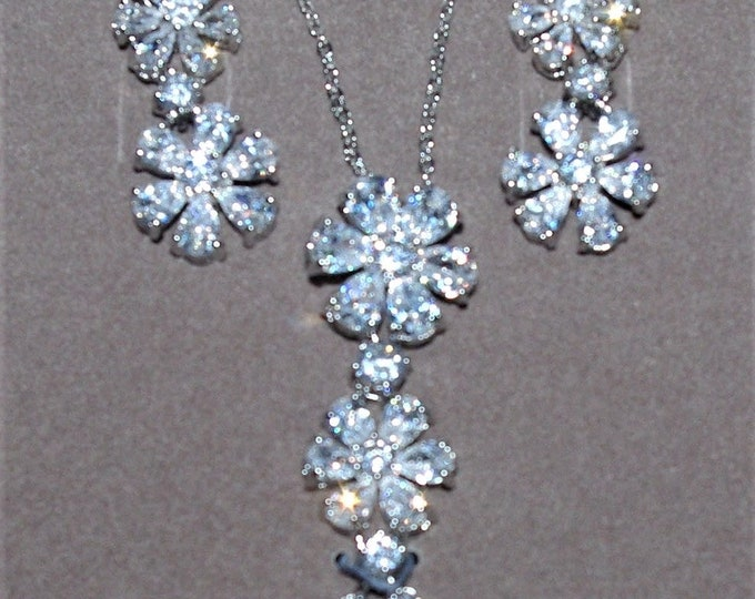 Nolan Miller Jewelry SET - Crystal Flower Necklace & Earrings Silver Tone - S3119