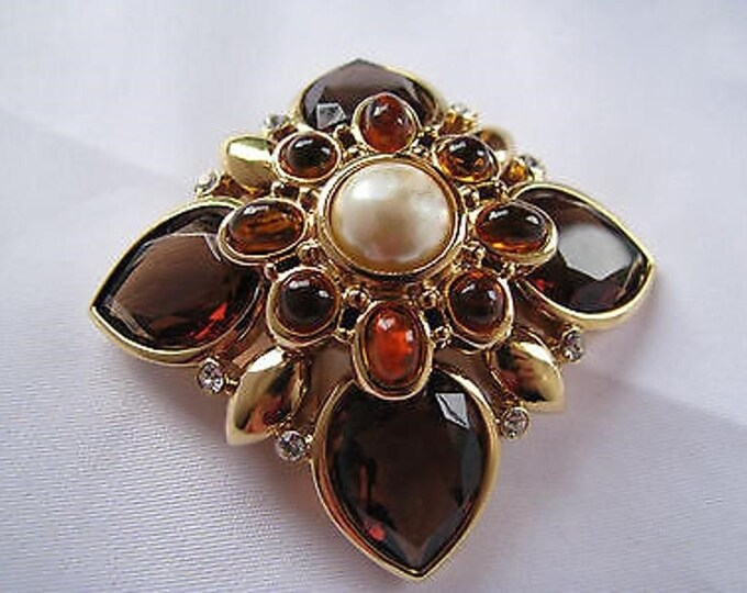 Joan Rivers Maltese Cross Brooch - S3087