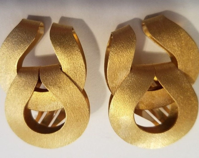 Jackie Kennedy Earrings - Matte Gold Clip On with Box and Certificate - 147