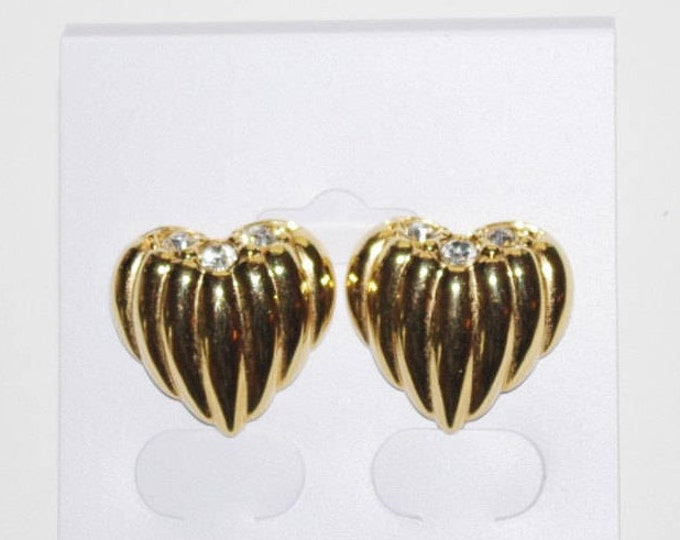 Joan Rivers Ribbed Heart Earrings Clip On or Pierced - S1109