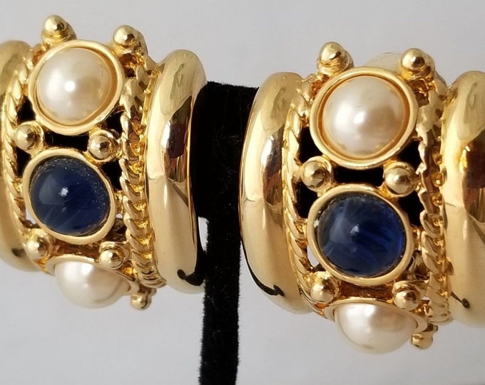 Joan Rivers Clip OnEarrings, Gold with Blue and White - S3031